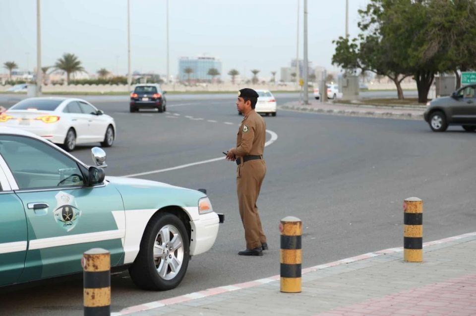 ما عقوبة مخالفة قواعد استعمال أنوار التلاقي في السعودية؟