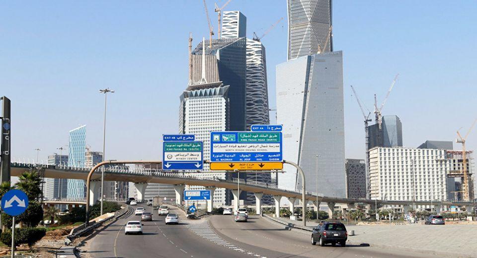 السعودية تلزم جميع منافذ البيع بتوفير وسائل الدفع الإلكتروني قبل 25 أغسطس 2020