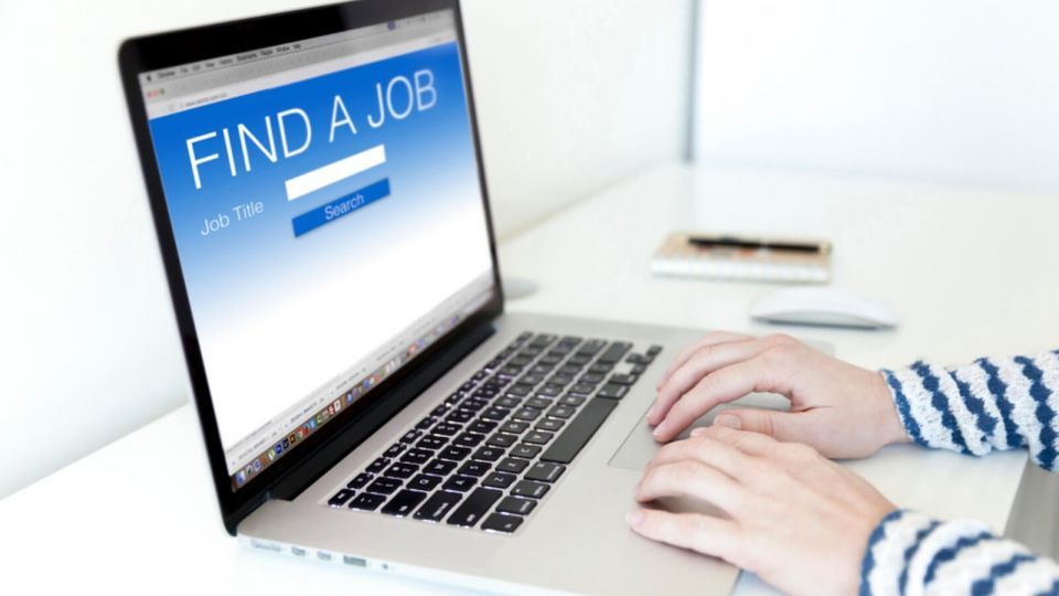 قطاع التعليم يقود نمو التوظيف عبر الإنترنت في الإمارات