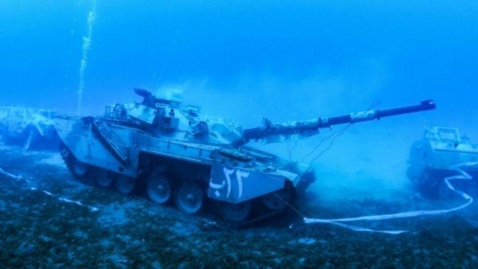 افتتاح أول متحف عسكري تحت الماء في العقبة جنوب الأردن