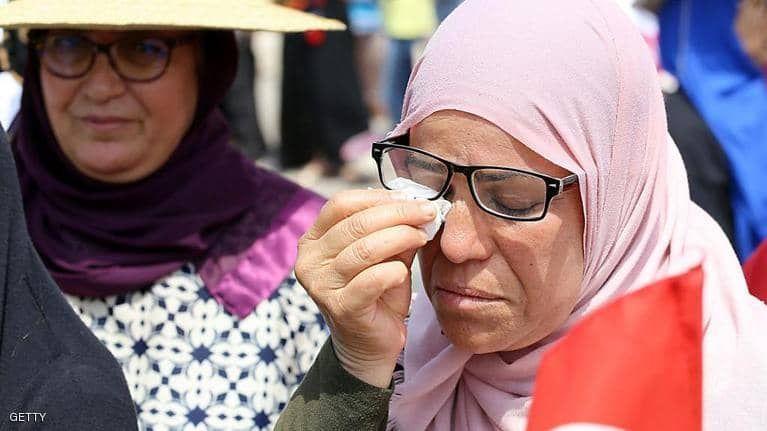 بالصور : آلاف التونسيين يودعون رئيسهم بحضور عدد من زعماء العالم