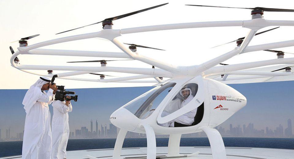 دبي تمهد الطريق لاستخدام السيارات ذاتية القيادة والتكاسي الجوية