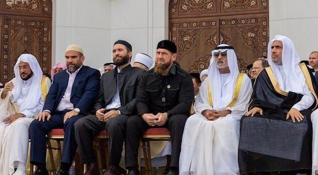 الشيشان تفتتح أكبر مسجد في القارة الأوروبية بحضور إماراتي