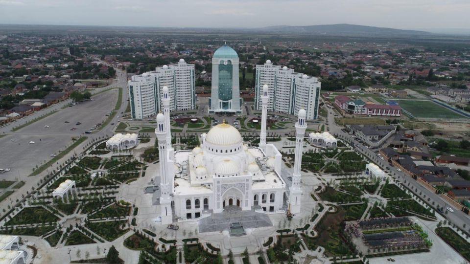 بالصور : أجمل 7 مساجد حول العالم