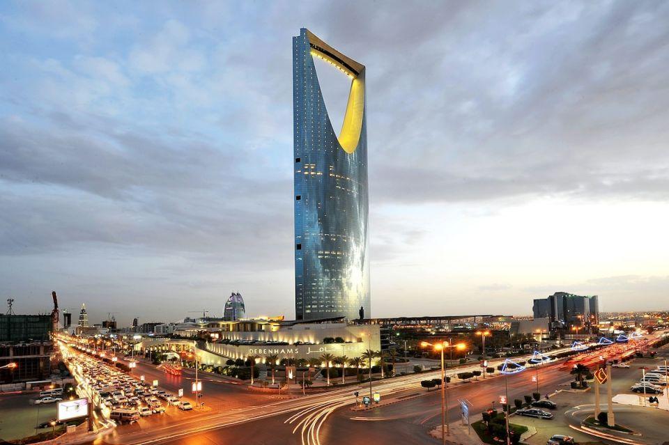 وزارة سعودية ثانية تبدأ بتجربة نظام العمل المرن