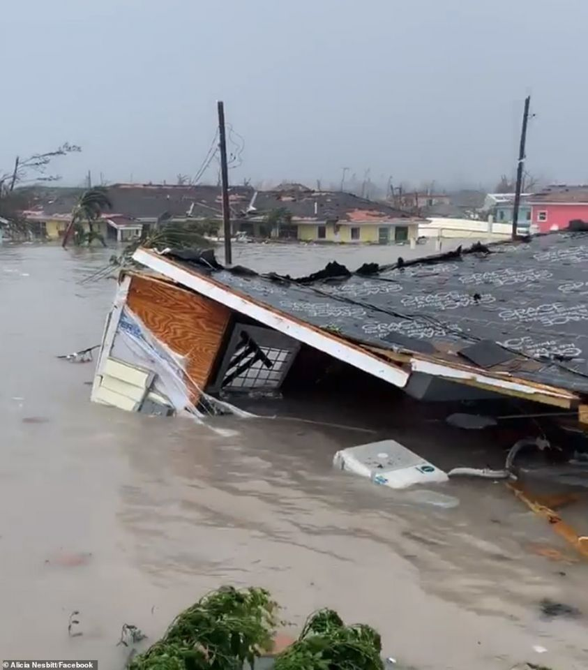 شاهد الدمار إعصار دوريان