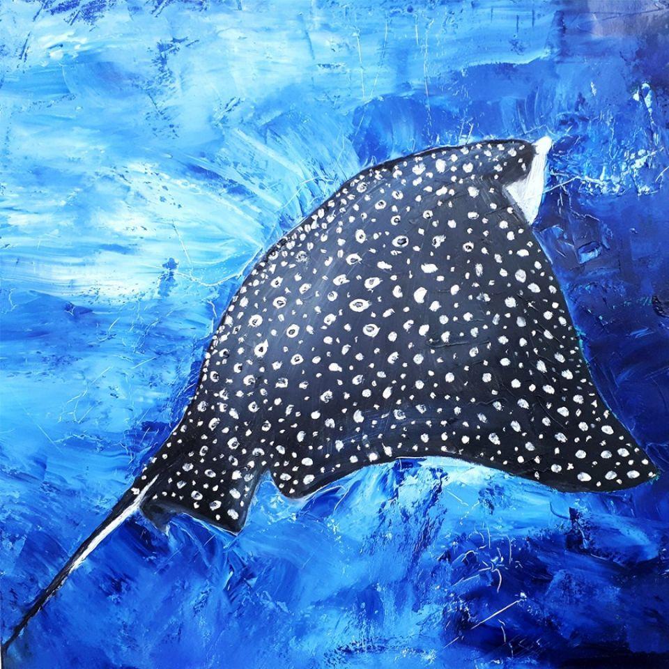 شاهد الأعمال الفنية في متناول الجميع في معرض فني في دبي