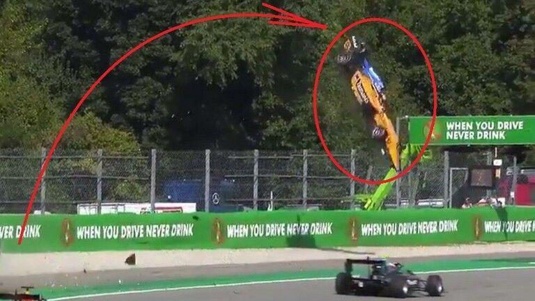 فيديو: سائق ينجو بأعجوبة من حادث مروع بعد تطاير سيارته في الهواء