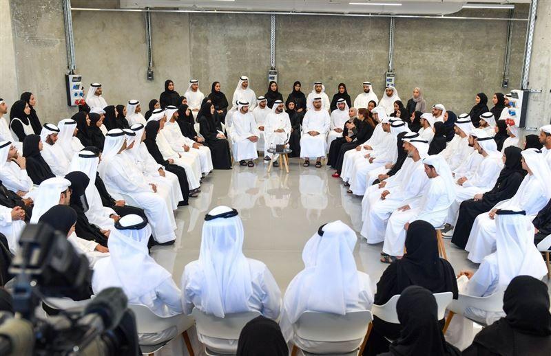 محمد بن راشد: نحتاج إلى أفكار استثنائية لتطوير الاقتصاد والارتقاء بخدمات المواطنين