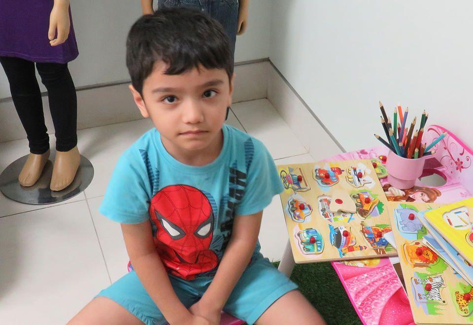 شرطة دبي تكشف سر الطفل الضائع