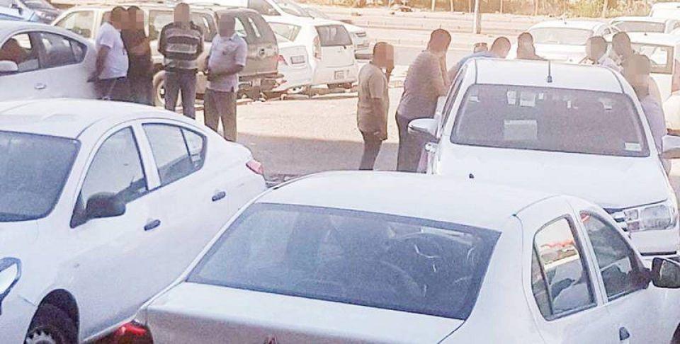 وقوع عشرات المصريين ضحية تجار إقامات متعاقدين مع الحكومة الكويتية