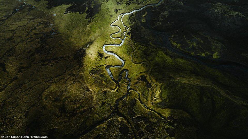 صور جوية مذهلة تلتقط جمال المناظر الطبيعية في أيسلندا وغرينلاند