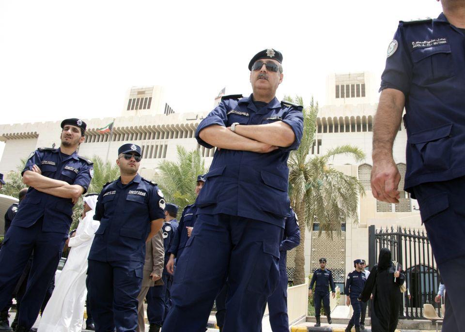 السلطات الكويتية تطيح بطبيب بيطري يجري عمليات تجميل