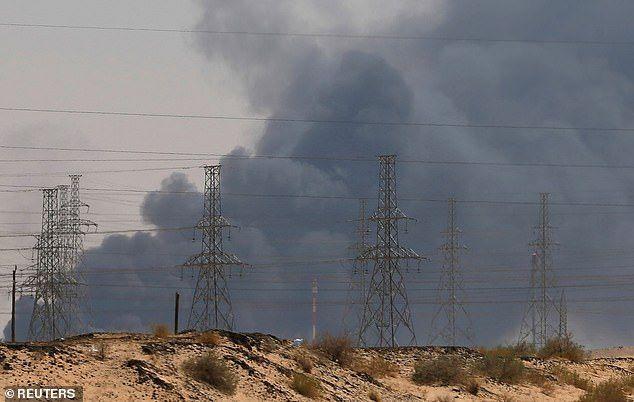 رويترز: السعودية تغلق خط أنابيب لنقل النفط للبحرين بعد «هجمات أرامكو»