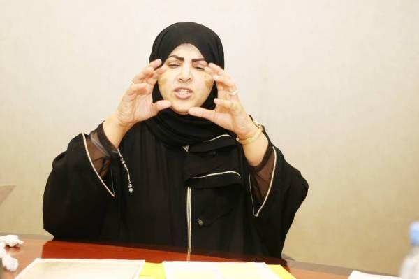 طليقة مليونير سعودي عجوز تشكك بطلاق زوجها الذي يبلغ 100 سنة