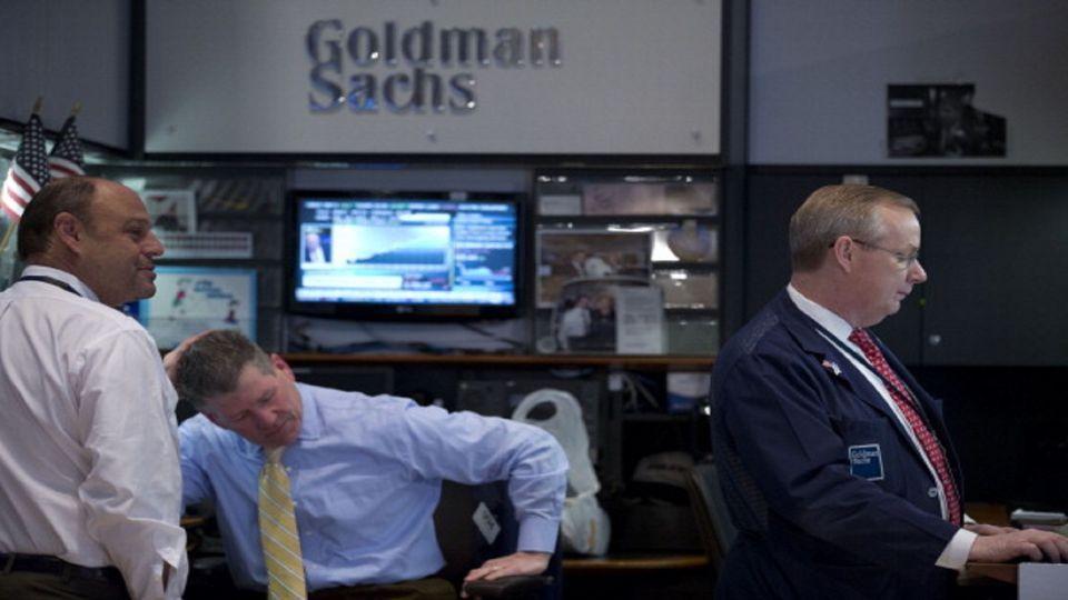 جولدمان: برنت قد يتجاوز 75 دولاراً إذا تجاوز توقف السعودية 6 أسابيع