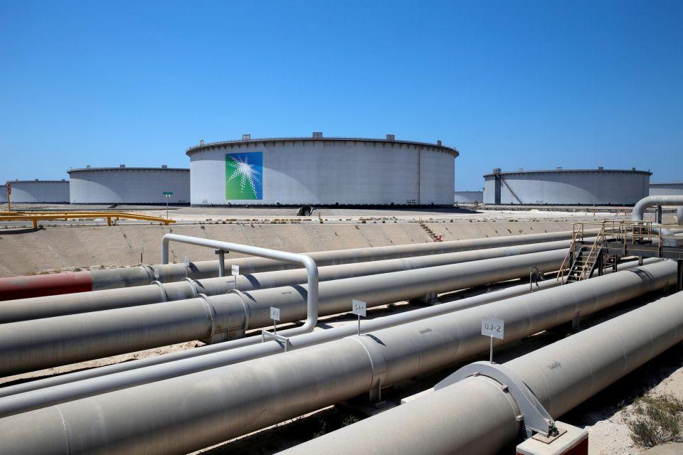أسعار النفط ترتفع وسط تطمينات سعودية بشأن الإنتاج