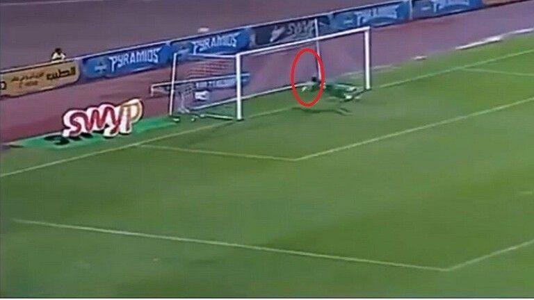 فيديو: سوبر مان مصري يظهر في مباراة بيراميدز وإنبي