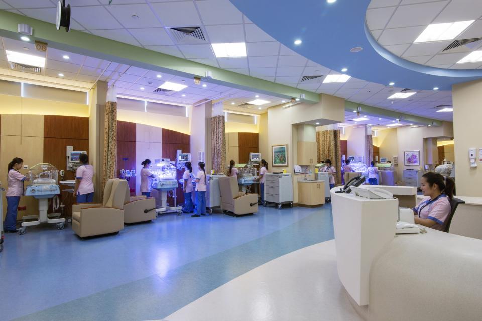 أبوظبي تعتمد مستشفى دانة الإمارات مركزاً للبحث العلمي والسريري