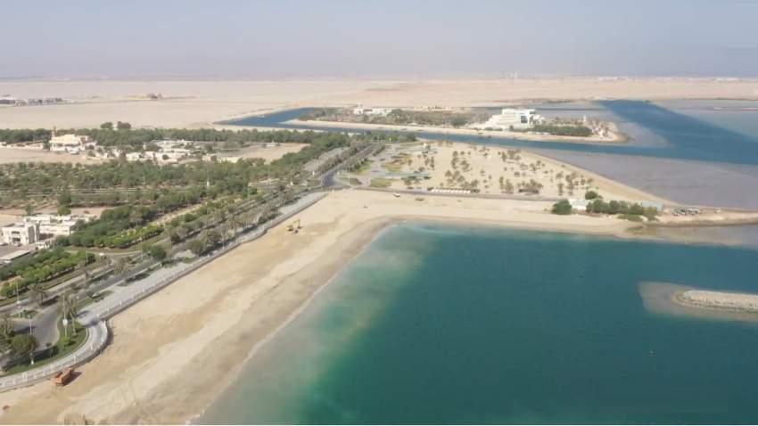 شاهد كيف أنجز مشروع تأهيل شاطئ السباحة بالمرفأ في أبوظبي