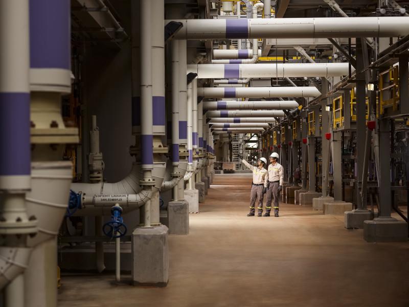 أكبر شركة صناعية في الإمارات تعلن إنجازاً ضخماً