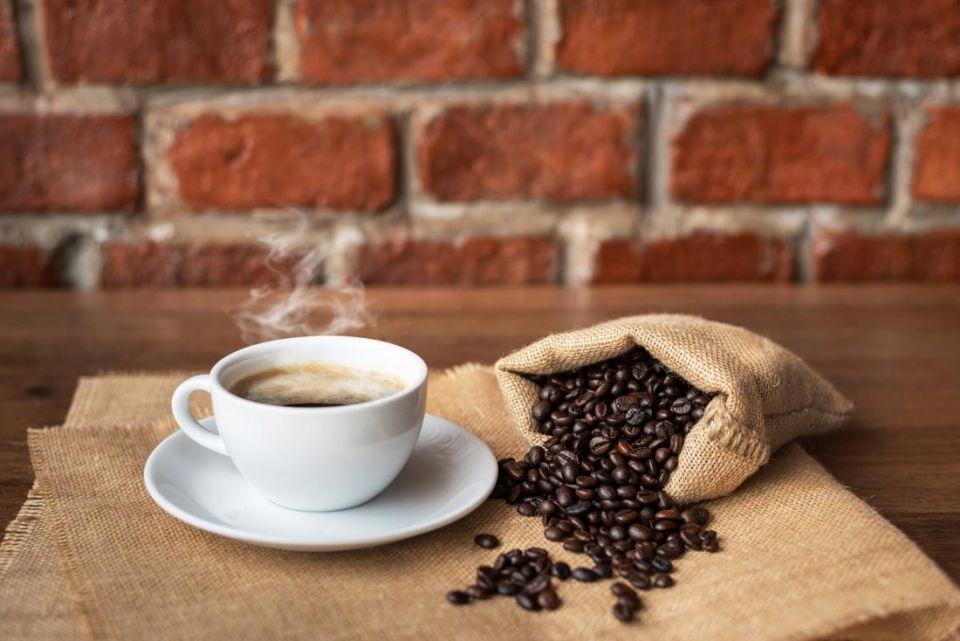 اليوم العالمي للقهوة.. لماذا فنجان القهوة أغلى بكثير من تكلفة إنتاج البن؟