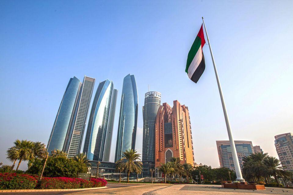 الإمارات الأولى عالمياً في استقرار الاقتصاد الوطني الكلي