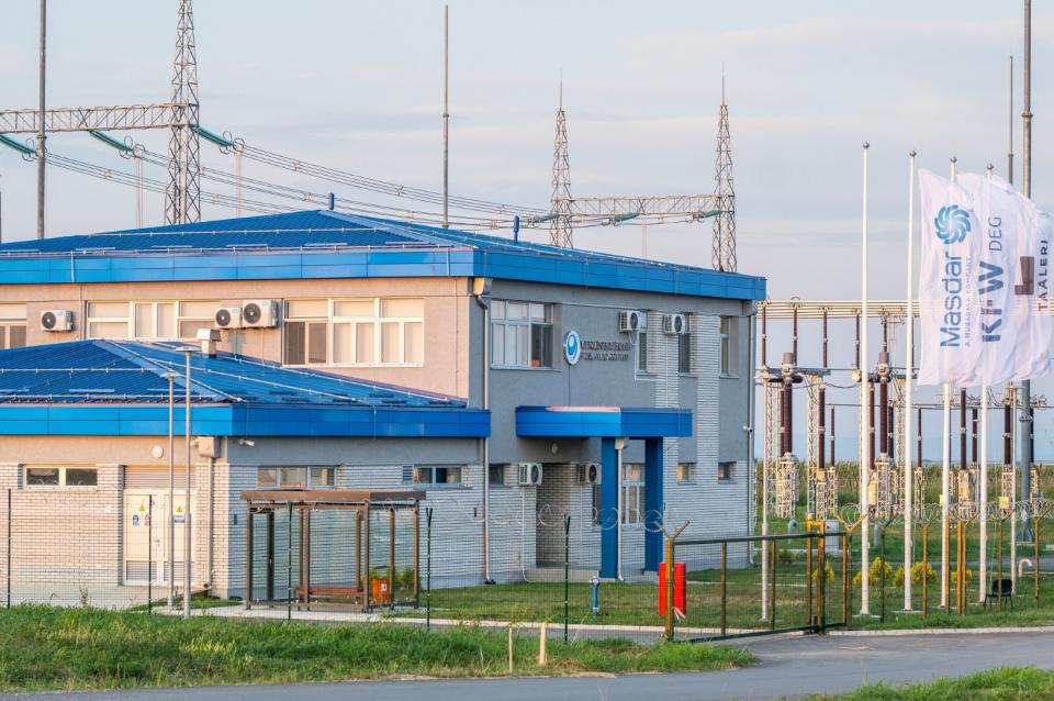 طوّرها ائتلاف تقوده «مصدر أبوظبي».. افتتاح أكبر محطة طاقة رياح غرب البلقان