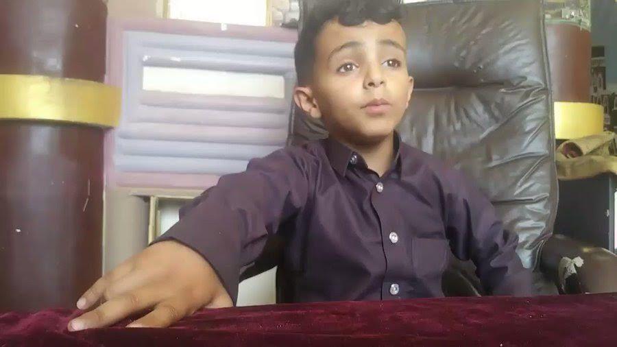 فيديو: الطفل اليمني بائع الماء يواجه أباه أمام القضاء