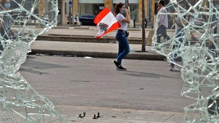 بالصور : انتفاضات لليوم الثالث وسط العاصمة في لبنان