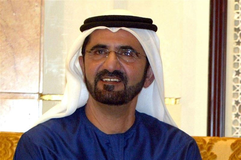 محمد بن راشد يحدّد 10 صفات للشخصية الإماراتية على وسائل التواصل