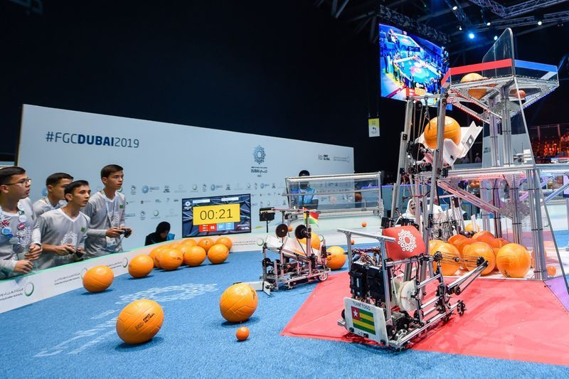 بالصور : تحدي فيرست غلوبال العالمي للروبوتات في دبي