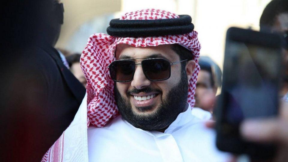 تركي آل الشيخ يعود للنادي الأهلي بعد مسامحة الجميع