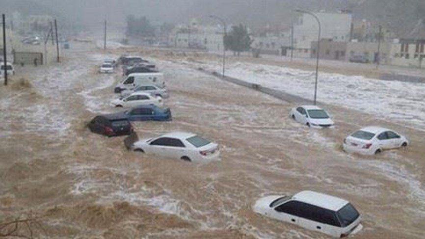 مصرع 7 أشخاص في سيول في السعودية