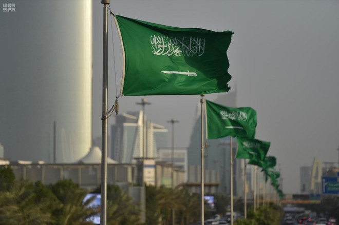 الجنسية السعودية منحت لـ 50 ألف شخص وعائلاتهم