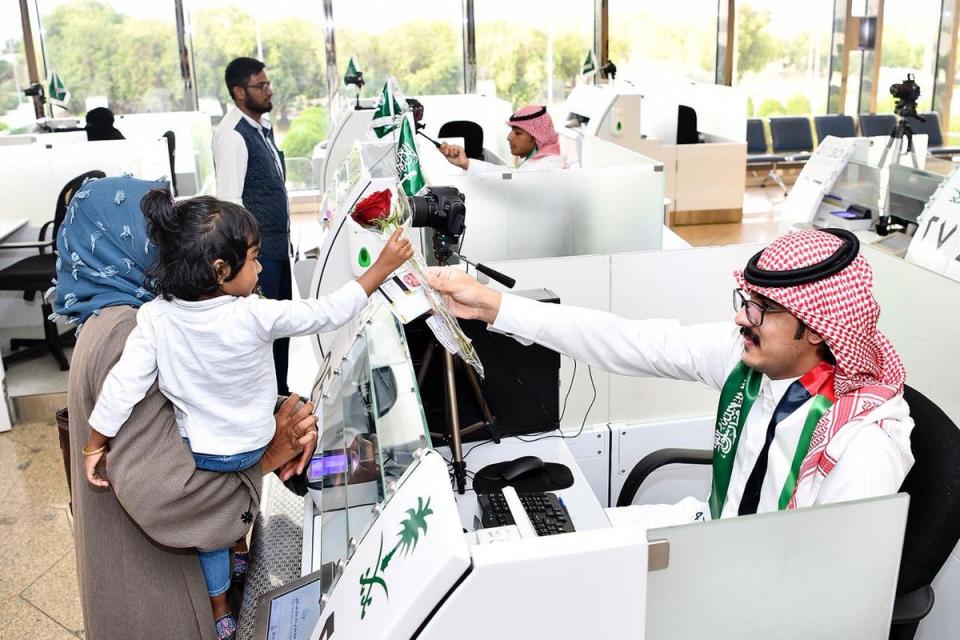 السعودية تفرض رسوماً على ركاب الرحلات الجوية الداخلية