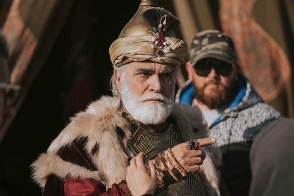 صراع عروش بين السلاطين العثمانيين والمماليك ضمن ممالك النار