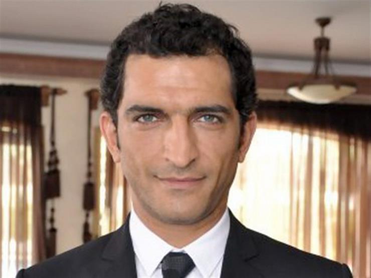 عمرو واكد شريك لممثلة إسرائيلية.. انتقادات وجدل في مصر