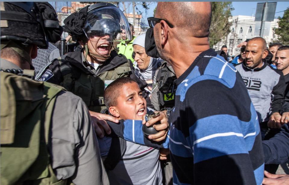 في يوم الطفل العالمي تقرير يلفت إلى اعتقال إسرائيل 745 طفلا فلسطينيا