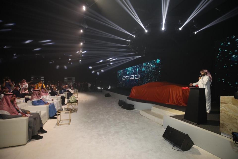 تركي آل الشيخ يكشف عن سيارة المستقبل الوحيدة في العالم