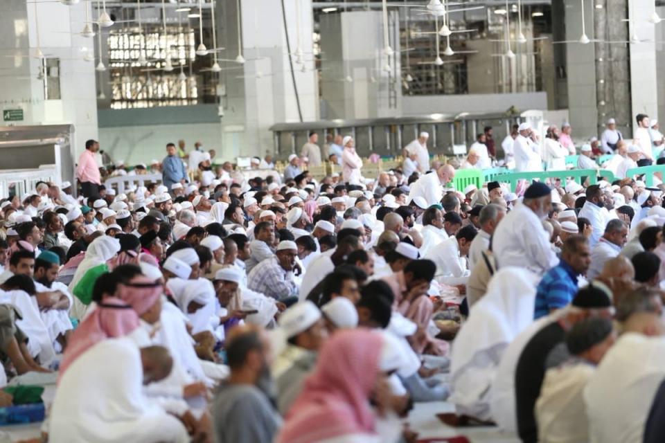 خطباء وزارة الشؤون الإسلامية تتوحد خطبهم عن مكافحة الفساد في السعودية