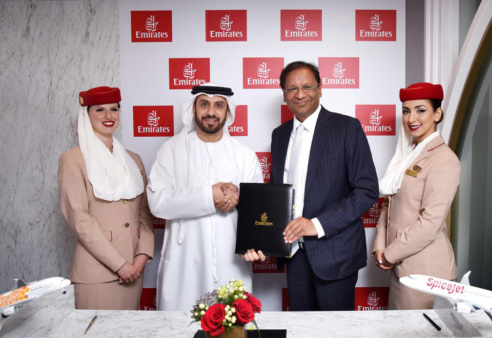 طيران الإمارات توقع اتفاقية رمز مشترك واتفاقية إنترلاين مع سبايس جيت الهندية