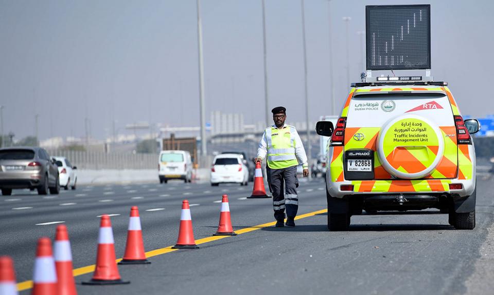 شرطة دبي توفر للسائقين معلومات عن الحوادث والازدحامات لتجنبها