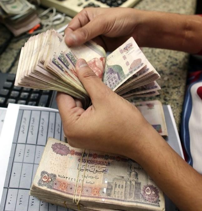 القطاع الخاص بمصر يواصل انكماشه للشهر الرابع على التوالي