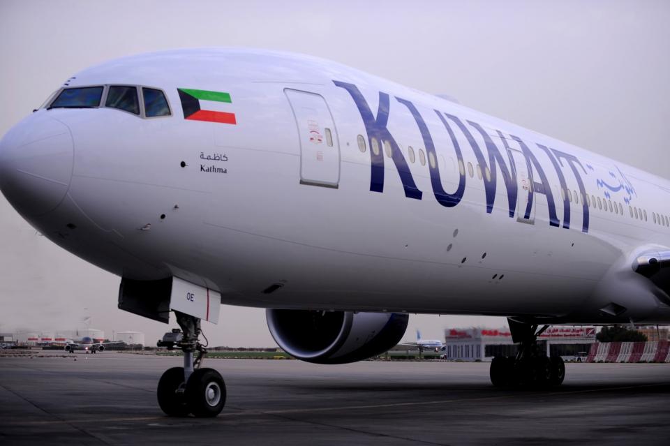 اجتماع طارئ لبحث استقالات جماعية لـ 62 طياراً في الكويت
