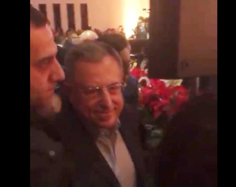 طرد رئيس الحكومة اللبنانية الأسبق حفل في بيروت