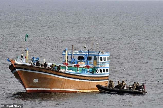 ضبط مخدرات قيمتها 4.3 مليون دولار بخليج عمان