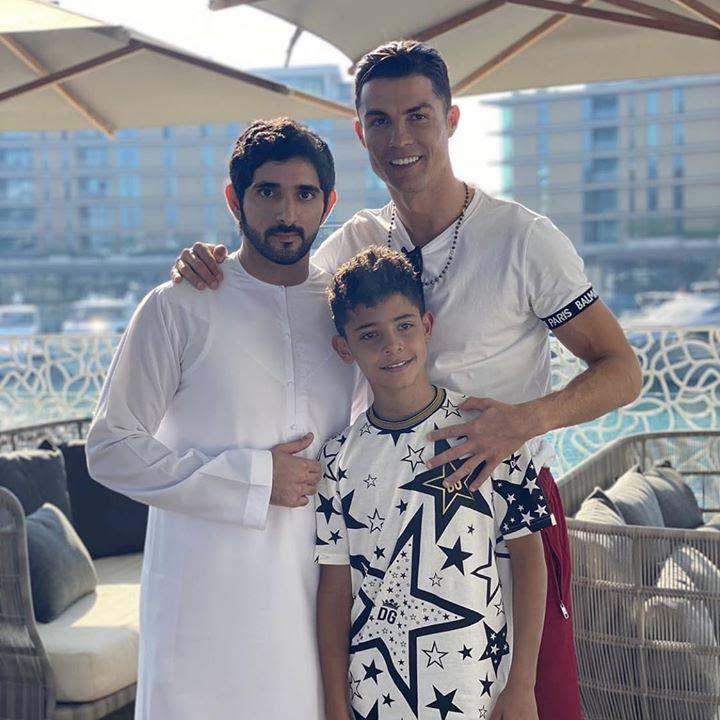 كريستيانو رونالدو ينشر صور تجمعه مع ولي عهد دبي