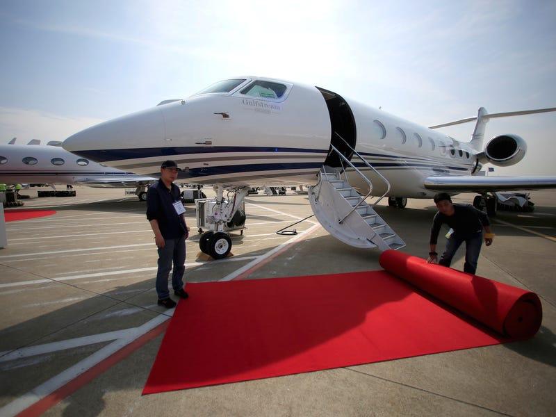 بالصور : أفخم 9 طائرات خاصة في العالم