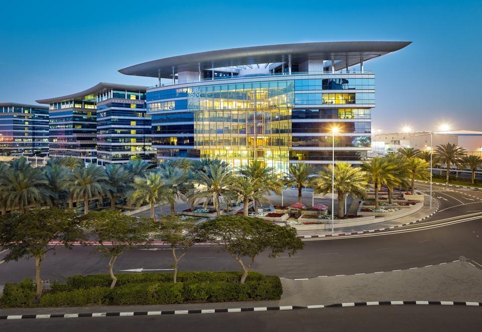 286 فرعاً لكبرى الشركات الأمريكية تدير أعمالها انطلاقاً من الإمارات